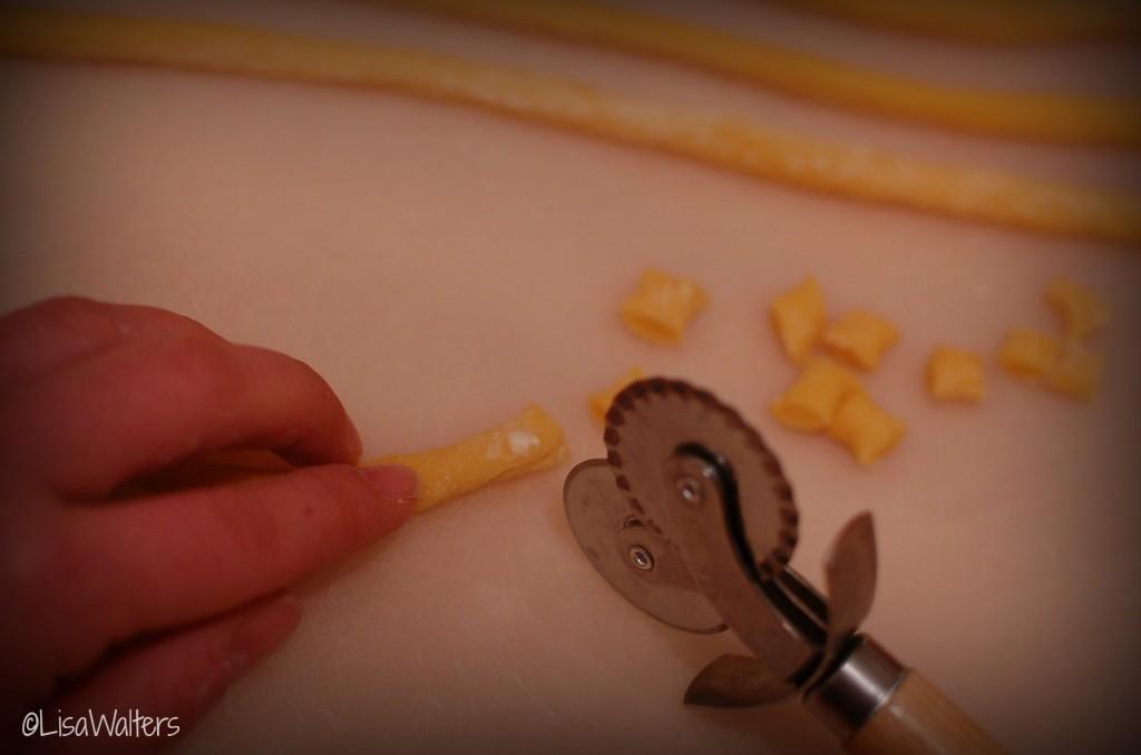 cutting the struffoli